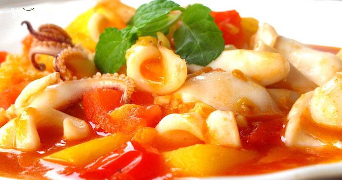 Cách làm bạch tuộc xào dứa ăn mãi không ngán