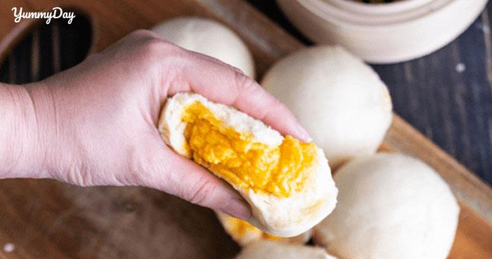 Cách làm bánh bao kim sa trứng muối ngon ngất ngây