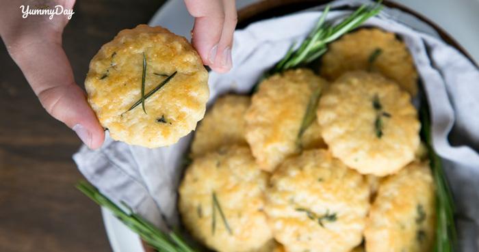 Cách làm bánh quy mặn tại nhà ngon khó cưỡng