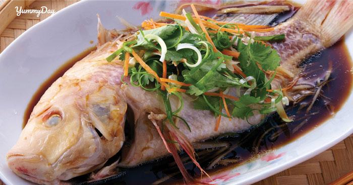 Cách làm cá điêu hồng hấp xì dầu ngon như tưởng không ngon