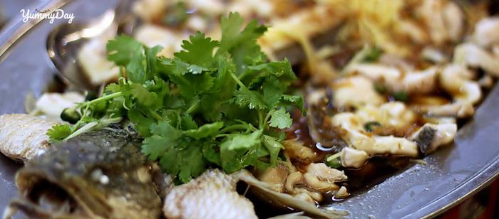 Cách nấu cá hấp bia cực dễ dàng, ngon tuyệt hảo cho cả nhà