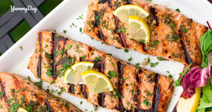 Cách làm cá hồi nướng bơ tỏi phong cách Âu chuẩn vị Việt