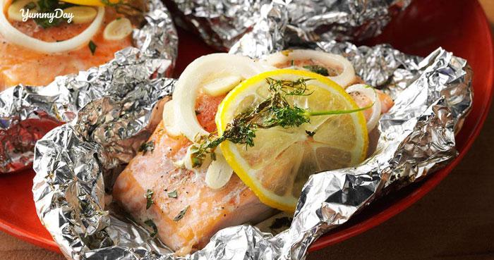 Thay đổi khẩu vị với món cá hồi nướng giấy bạc bổ dưỡng