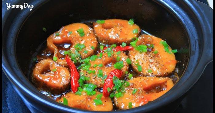 Cá lóc kho tiêu chuẩn vị miền Tây cho bữa cơm gia đình