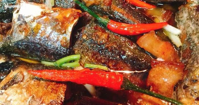 Ngon nhức nách với món cá nục kho nước dừa đổi vị cho tuần mới