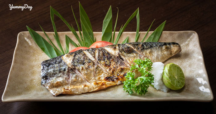 Đổi khẩu vị với cá saba nướng giấy bạc đánh thức vị giác