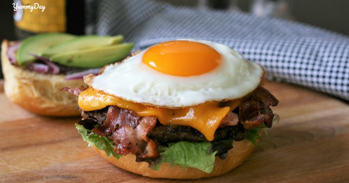Cách làm hamburger trứng tưởng không dễ mà lại dễ không tưởng