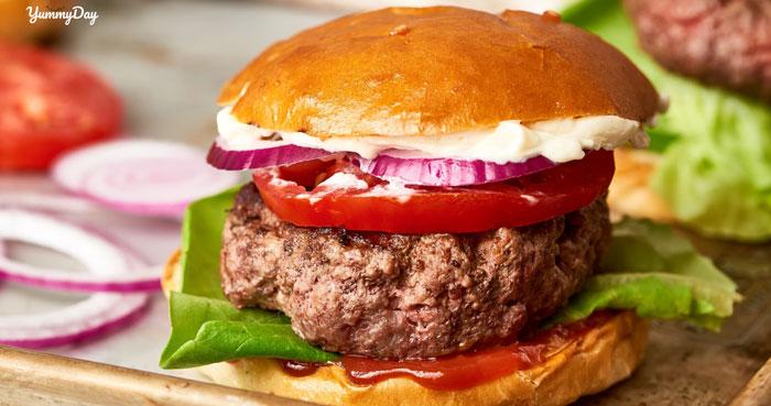 Hướng dẫn cách làm hamburger bò đơn giản, giàu dinh dưỡng
