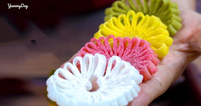 Cách làm mứt dừa hoa cúc hương vị tự nhiên, màu sắc bắt mắt