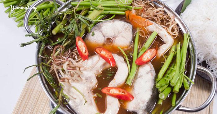 Cách nấu lẩu cá bớp măng chua ngon ăn vào là xao xuyến