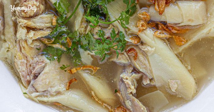 Cách làm canh gà nấu măng tươi thơm ngon mà còn bổ dưỡng