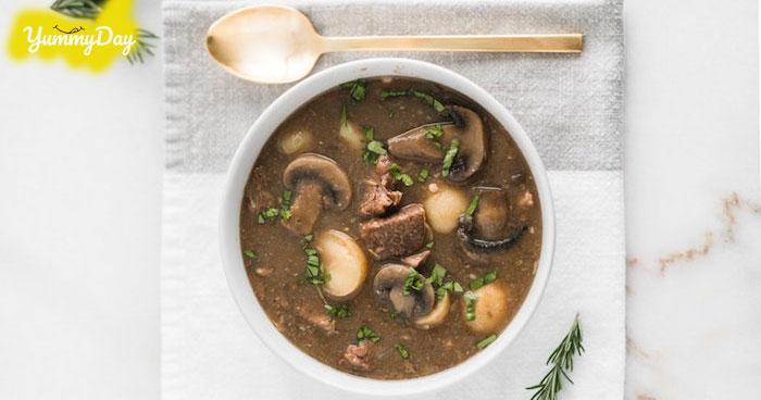 Hướng dẫn món canh thịt bò nấu nấm cho những ngày se lạnh