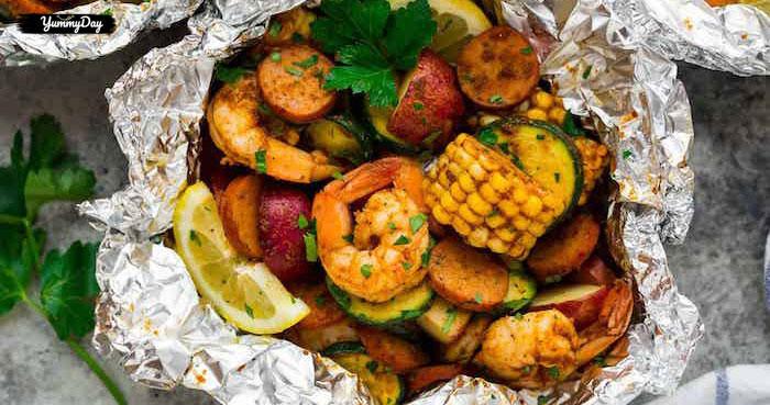 Cách làm đậu hũ hải sản nướng giấy bạc