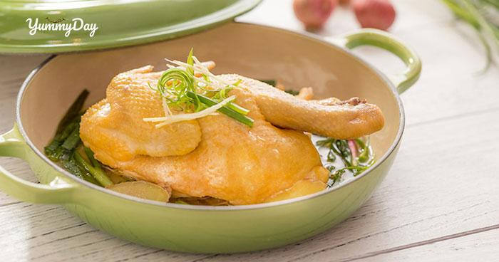 Hướng dẫn cách làm gà hấp hành thơm ngon vừa thổi vừa ăn