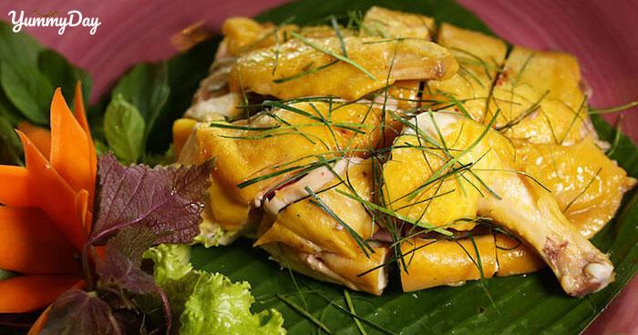 Cách làm gà hấp lá chanh chuẩn vị nhà hàng