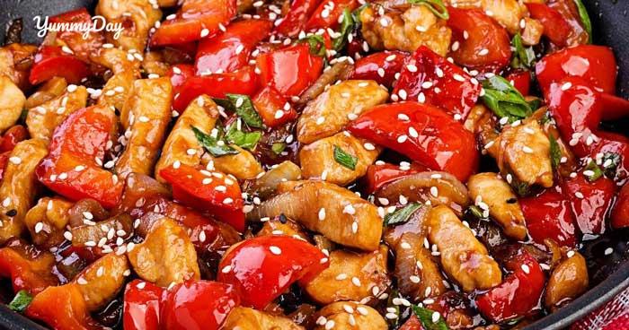 Gà xào ớt chuông hương vị đặc biệt thơm ngon khó chối từ