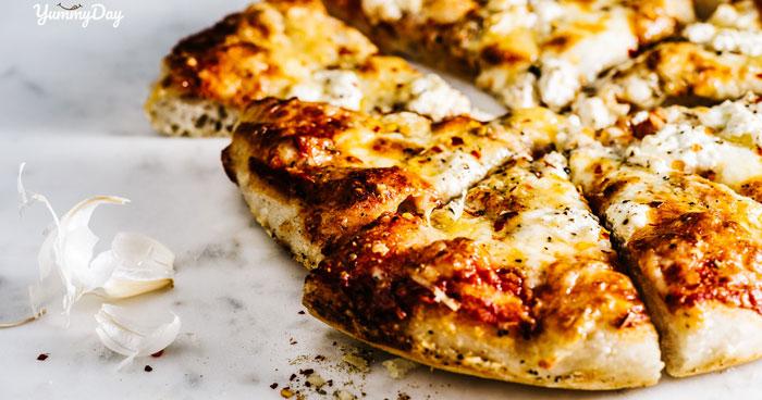 Cách làm pizza bằng lò vi sóng đơn giản ngay tại nhà