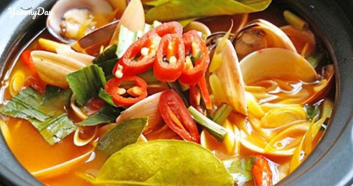 Hướng dẫn cách nấu lẩu nghêu đơn giản với vị chua cay khó cưỡng