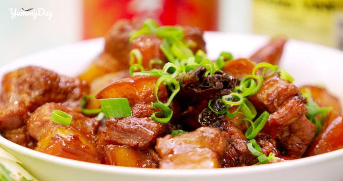Cùng làm thịt ba chỉ kho tiêu ăn cực thích siêu đơn giản