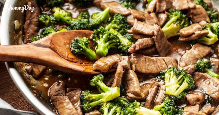 Cách làm thịt bò xào bông cải đơn giản hấp dẫn cho gia đình