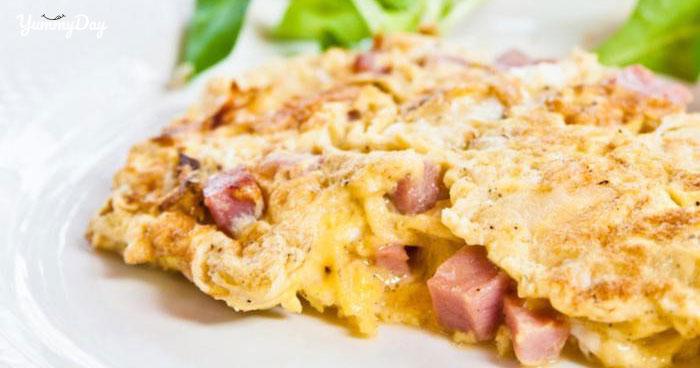 Cách làm món trứng chiên xúc xích cả nhà thích mê