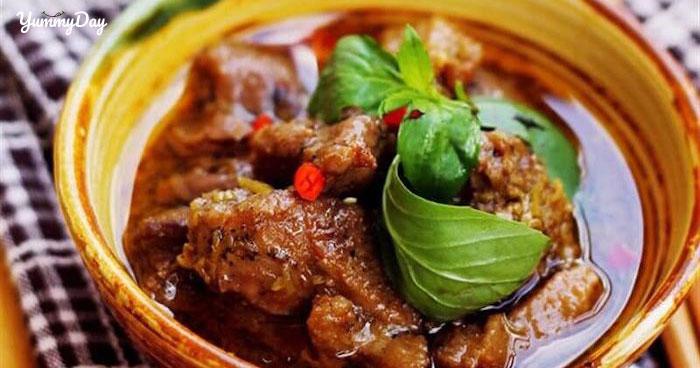 Cách làm vịt kho sả ớt đơn giản cho bữa tối đậm vị